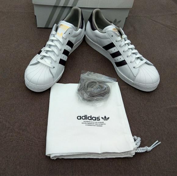 Le Adidas Bnwb Nwt '80 Mi Superstar Degli Anni '80 Nwt Poshmark Originali. a56fb4